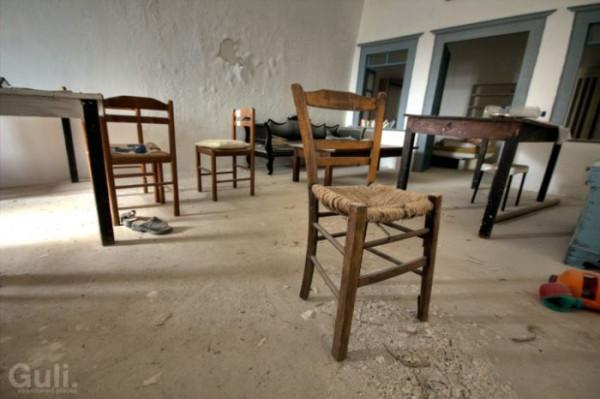 abandoned_hostel_15