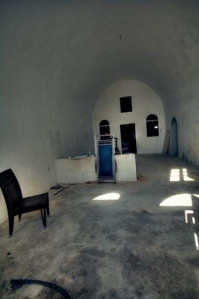 abandoned_hostel_23