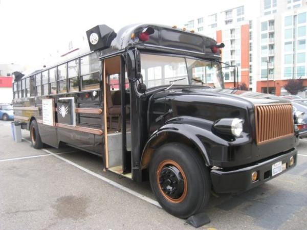 bus_restaurant_le_truc_02