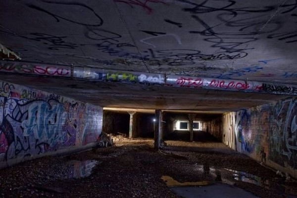 living_in_undeground_tunnels_of_las_vegas_04