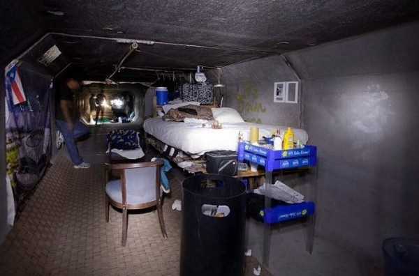 living_in_undeground_tunnels_of_las_vegas_07