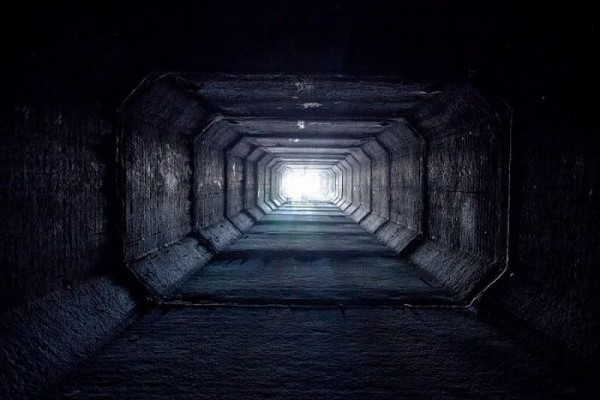 living_in_undeground_tunnels_of_las_vegas_12