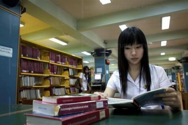 student010