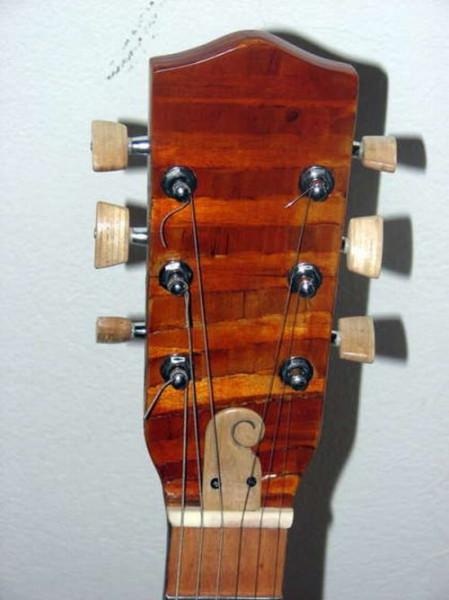 gitara012