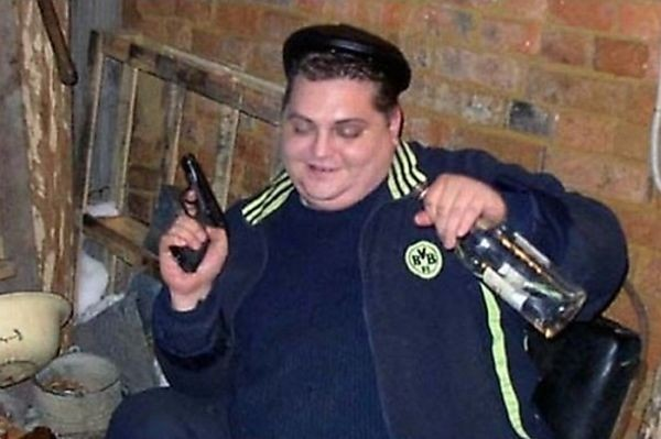 idiots_with_guns_03