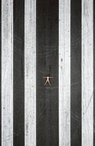 Naked_12