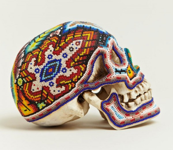 LN-CC) все-таки создали свои шедевры.  По авторской задумке, эти черепа были украшены на манер Оленя, Зерна...