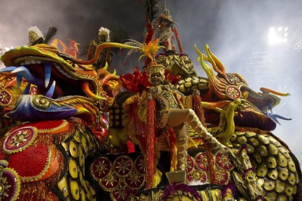 Carnival40