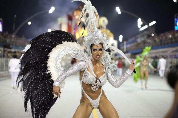 Carnival44-800x533
