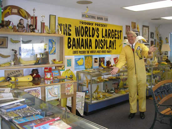Banana-Club-Museum3