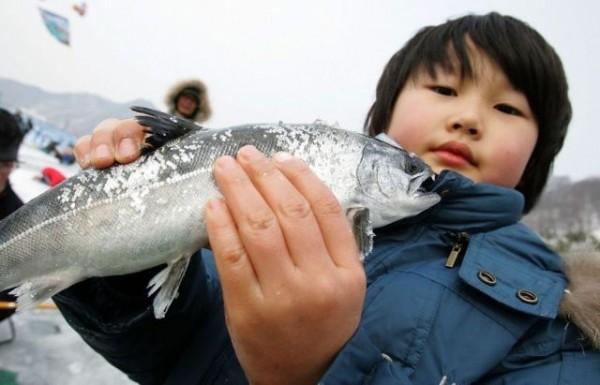 ice_fishing_07