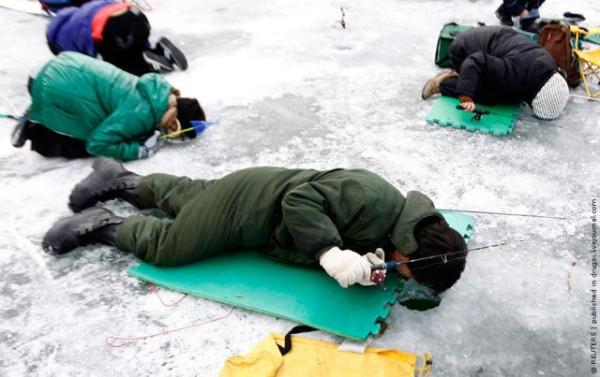 ice_fishing_10