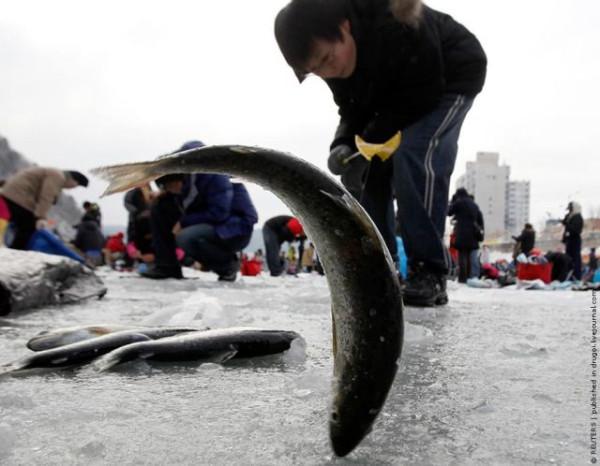 ice_fishing_12