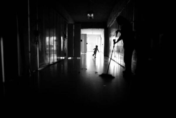 children_in_prison_09
