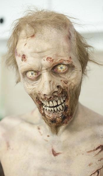 zombi-006