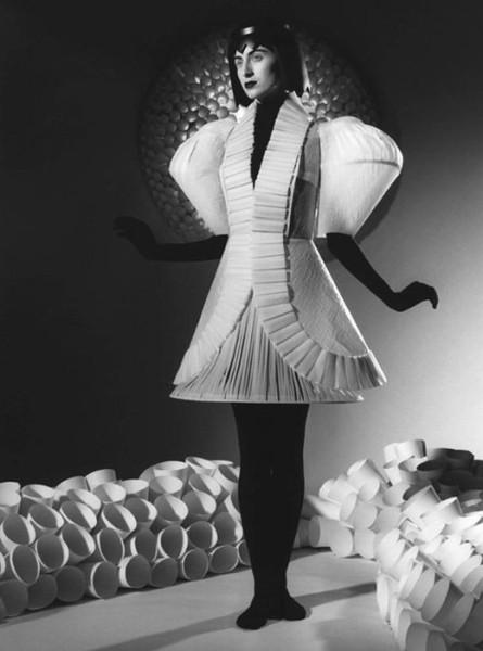 002_jum_nakao_paper_dresses