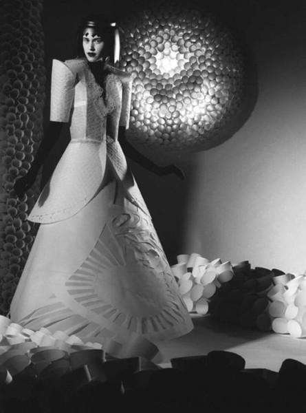 006_jum_nakao_paper_dresses