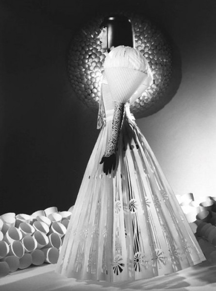 012_jum_nakao_paper_dresses