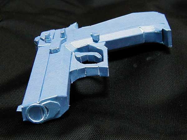 020_pistolet