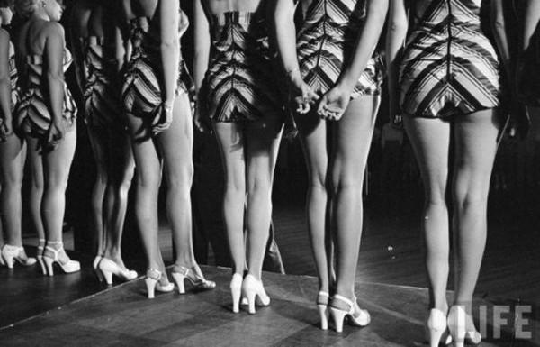 Woman_legs_08