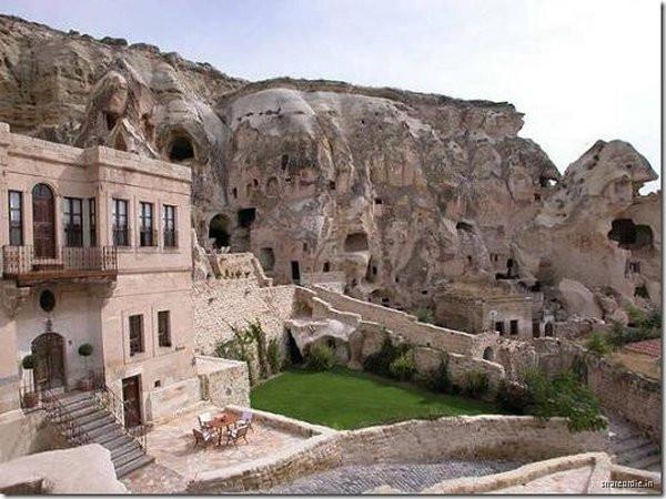 001_cappadocia_caves