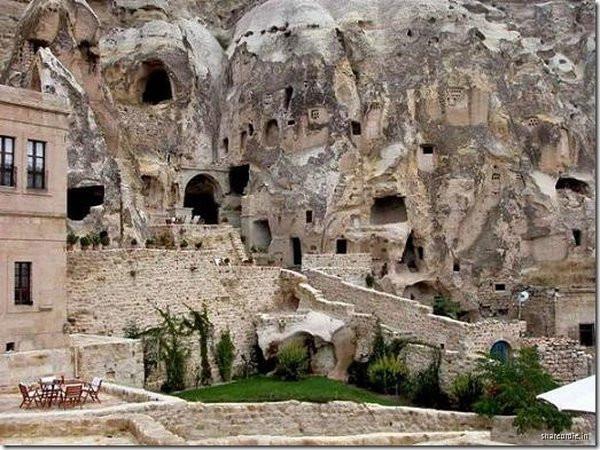 002_cappadocia_caves