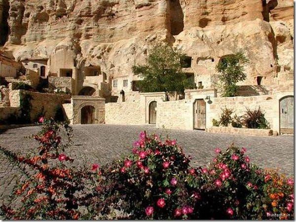 003_cappadocia_caves