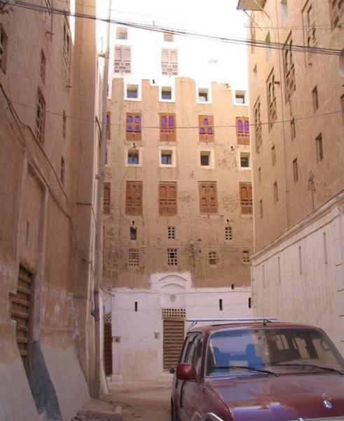 011_shibam_yemen_city