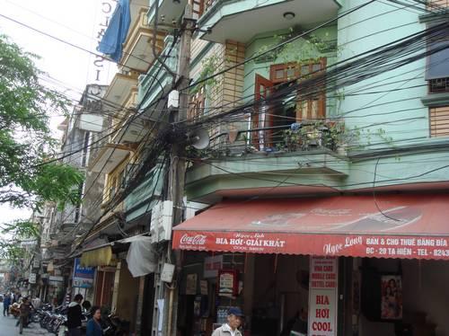 cables-vietnam-01