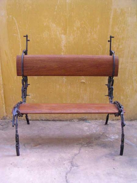 weapon_furniture_07
