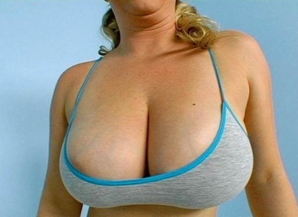 Фото большие груди бесплатно 27155 фотография