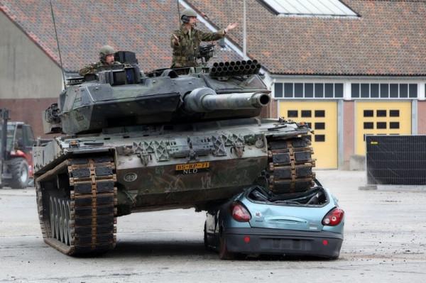 tank006