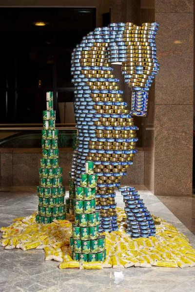 skulptury-iz-konservnih-banok-51