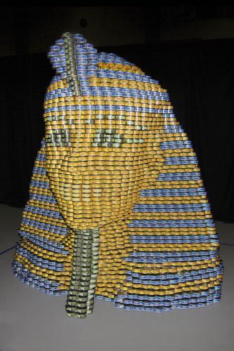 skulptury-iz-konservnih-banok-141