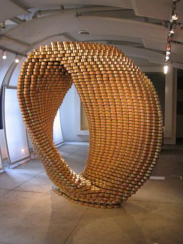 skulptury-iz-konservnih-banok-231