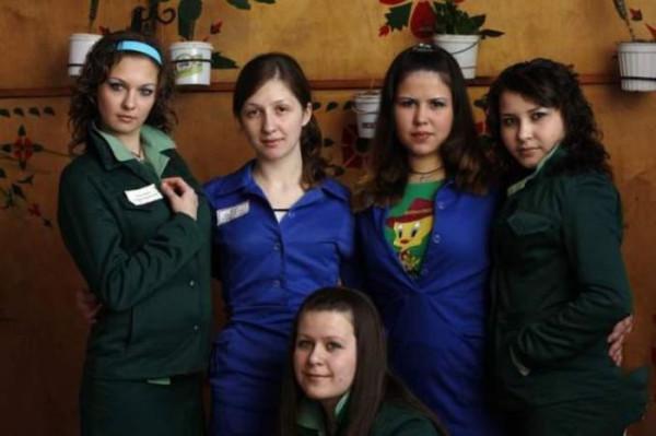 молодые девушки в тюрьме фото