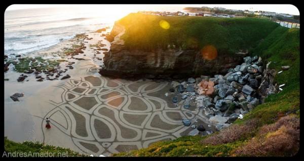 sand-beach-art-andres-amador-4-600x318