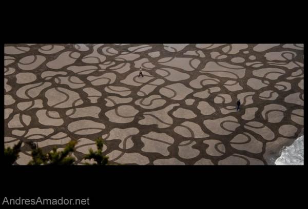 sand-beach-art-andres-amador-6-600x408