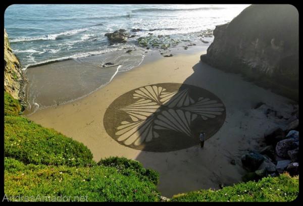 sand-beach-art-andres-amador-7-600x408