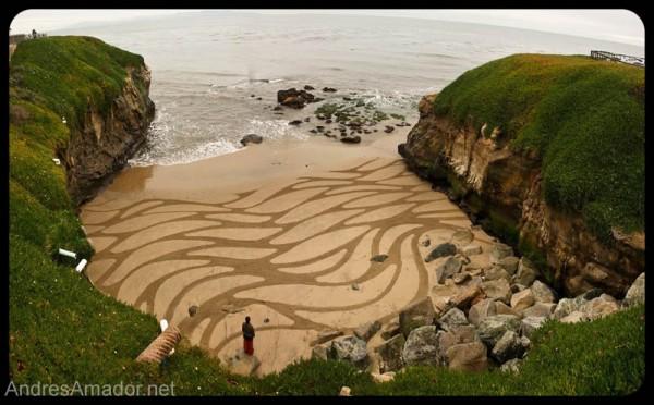 sand-beach-art-andres-amador-12-600x372