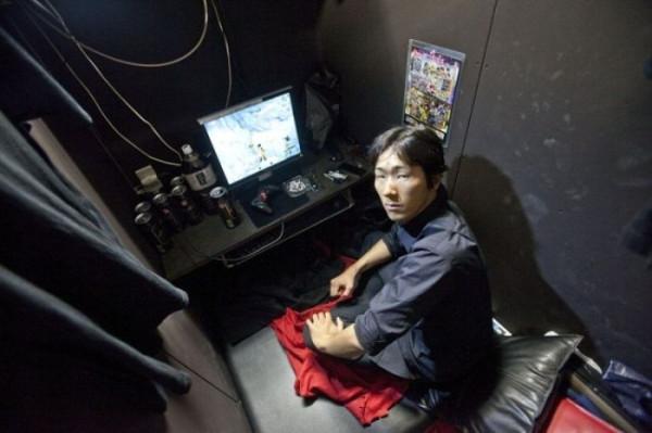 Japan_internet_cafe_07
