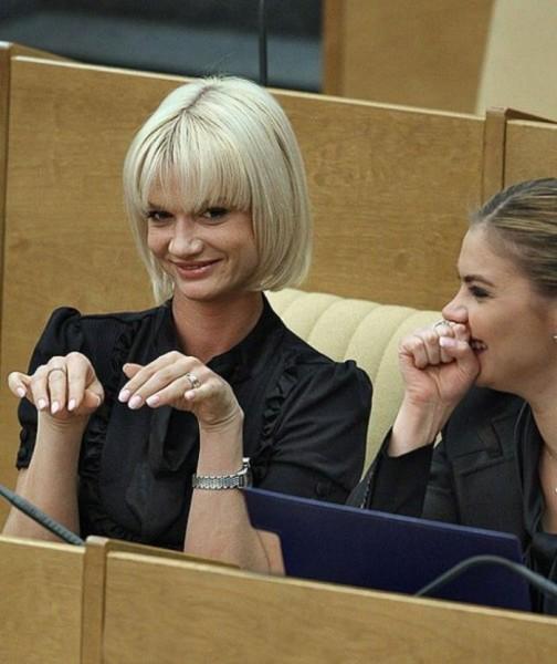 Самые сексуальные женщины-депутаты Deputat_05