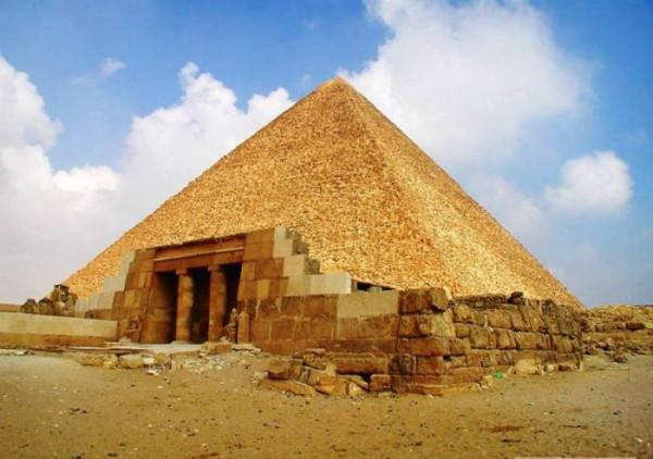 Pyramids_02