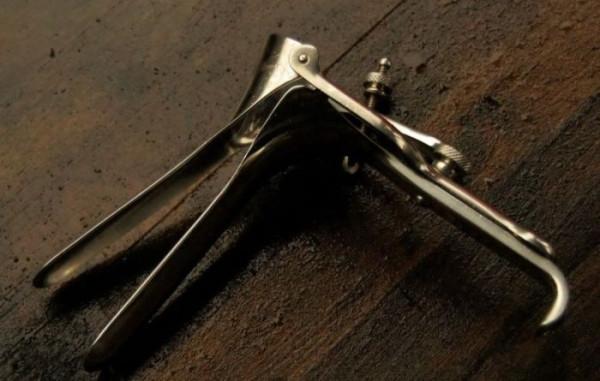 Жуткие инструменты гинекологов начала прошлого века vintage_hynaecology_12