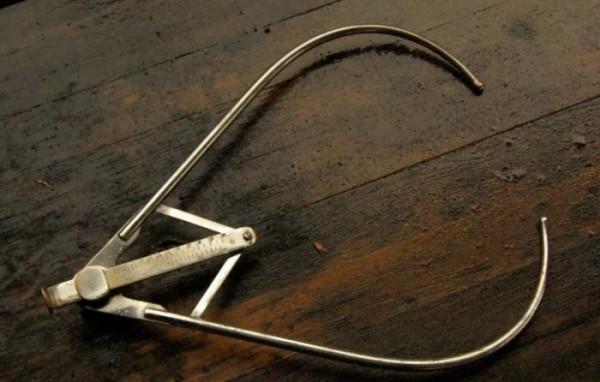Жуткие инструменты гинекологов начала прошлого века vintage_hynaecology_15