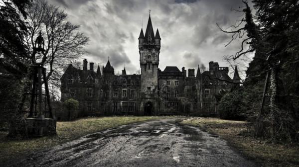 Таинственные заброшенные замки 2