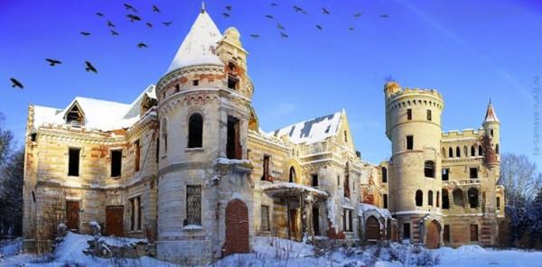 Таинственные заброшенные замки 12