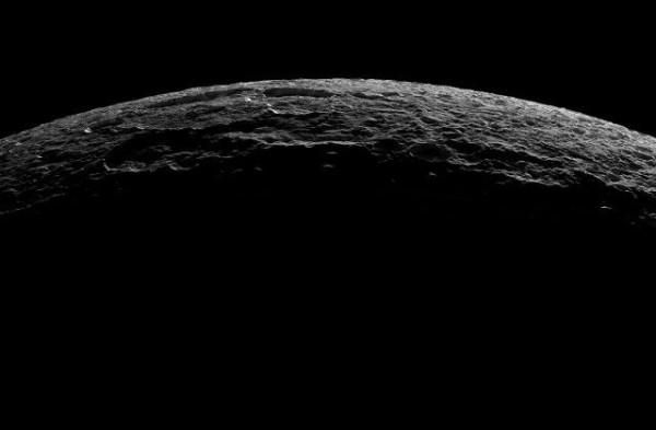 Saturn_25