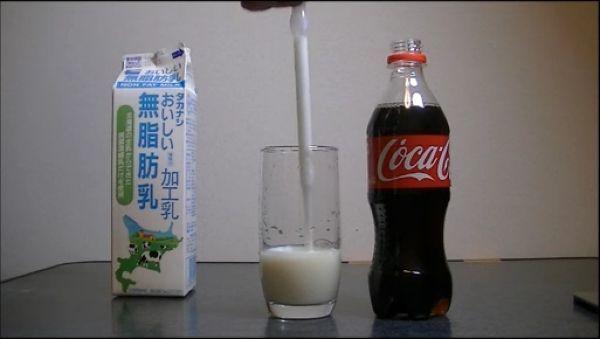 Milk_vs_cola_03