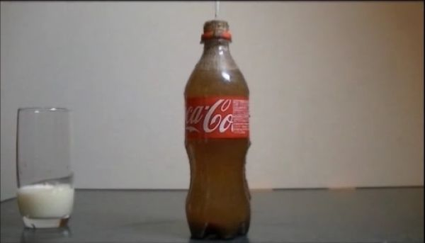 Milk_vs_cola_10